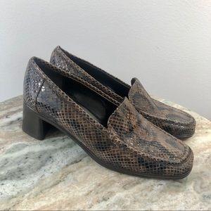 Sesto Meucci size 5.5 leather loafers snakeskin